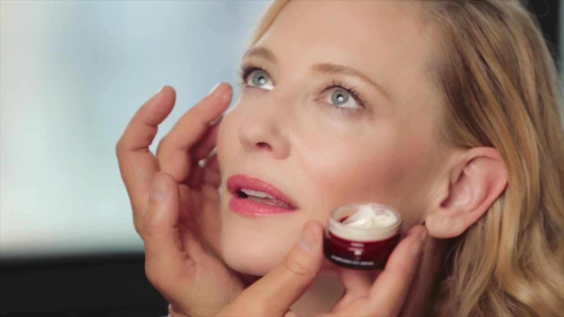 [Video] Behind-the-Scenes with Cate Blanchett – SK-II