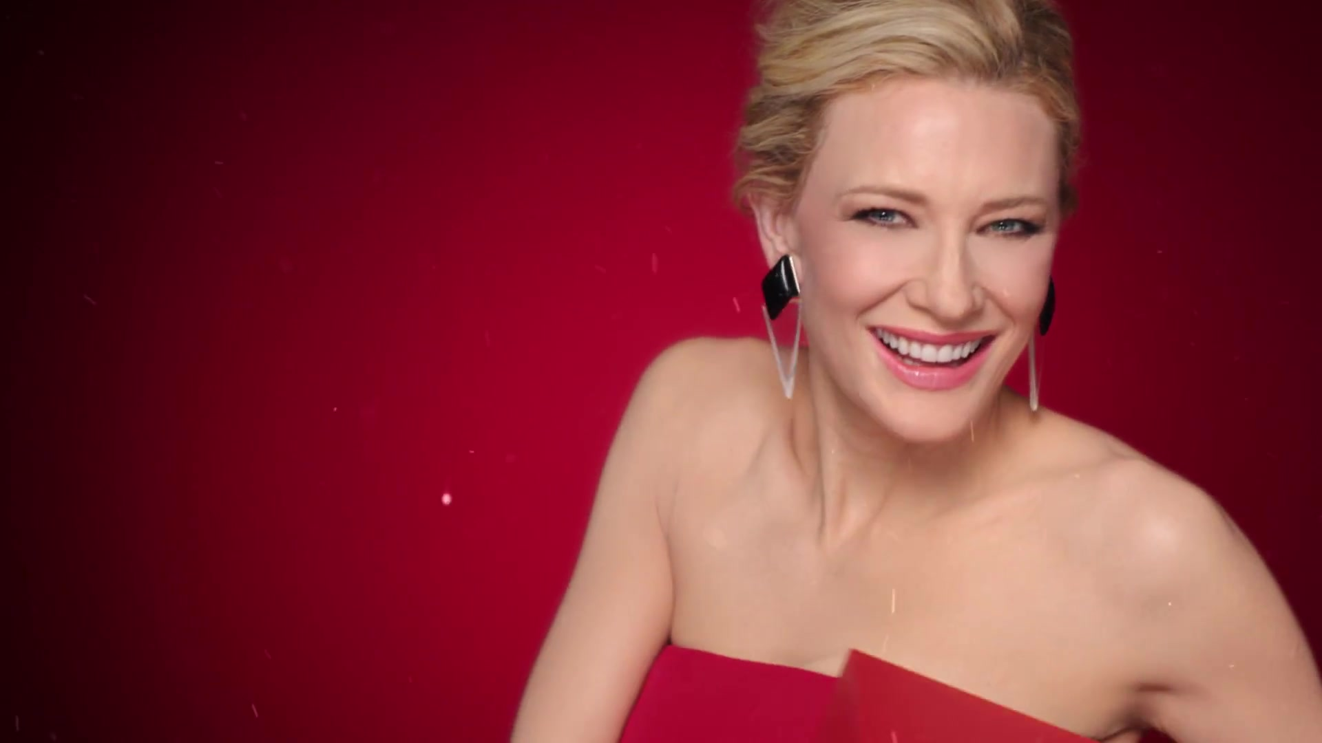 New ad – Cate Blanchett for Sì by Giorgio Armani – Holiday Season