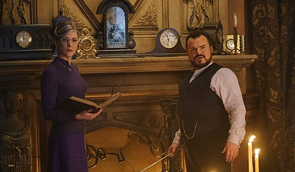 """""""The House with a Clock in Its Walls"""" – Interviews + Still"""